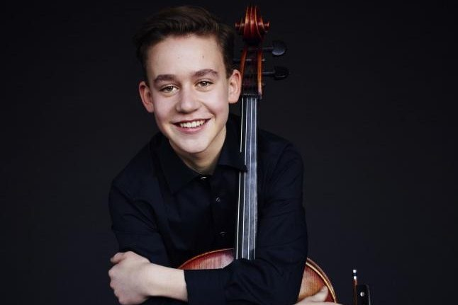 Samuel Weilacher – cello
